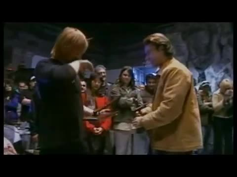 LOTR - Vigo's last day as Aragorn. .. i think at the end the first guy was trying to give him a hongi but he headbutted instead love this video