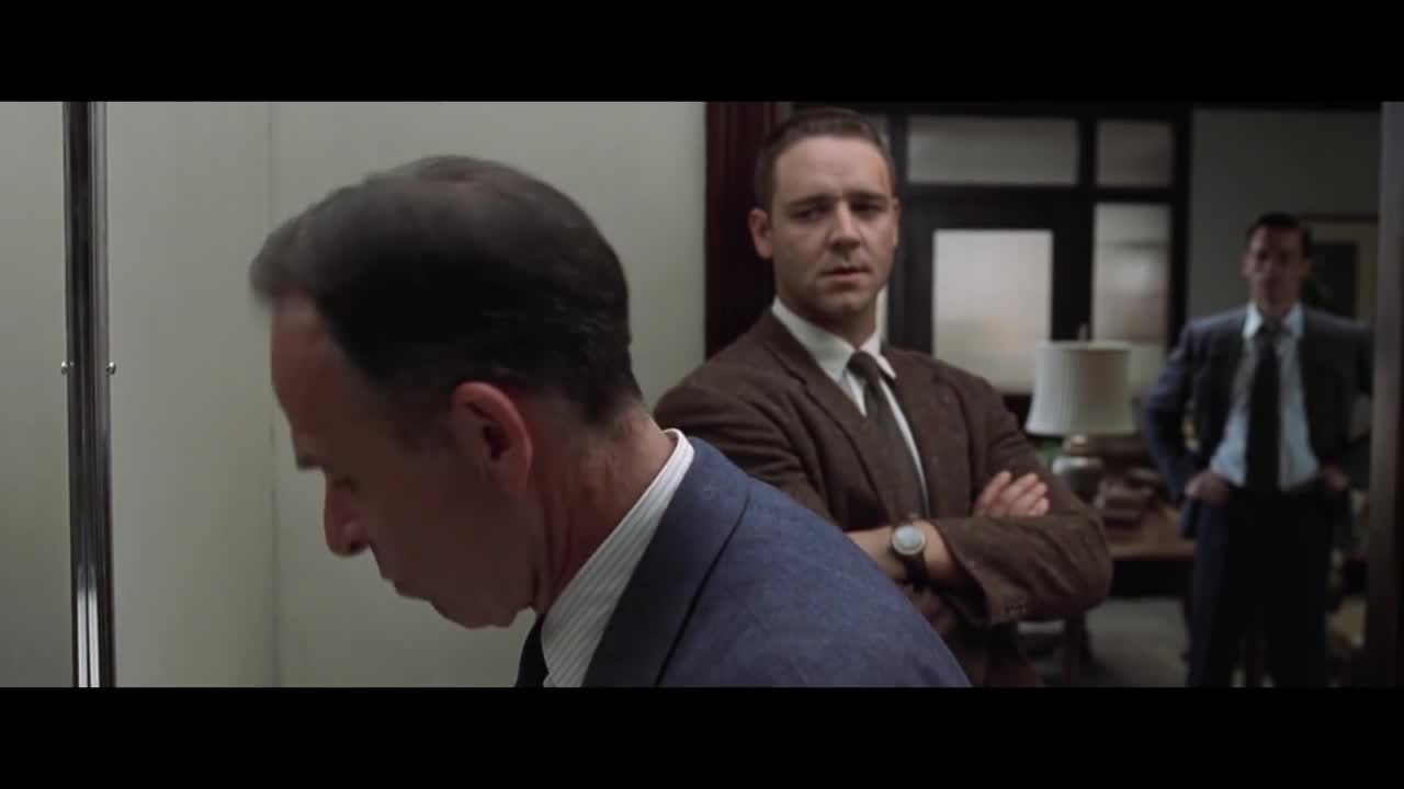 L.A. Confidential. God do I love these old-timey crime thrillers. Any good recommendations for movies in this same style? Or anything with a Goodfellas or Casin