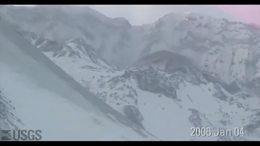 time lapse of Mt Saint Helens 2004-2008. .