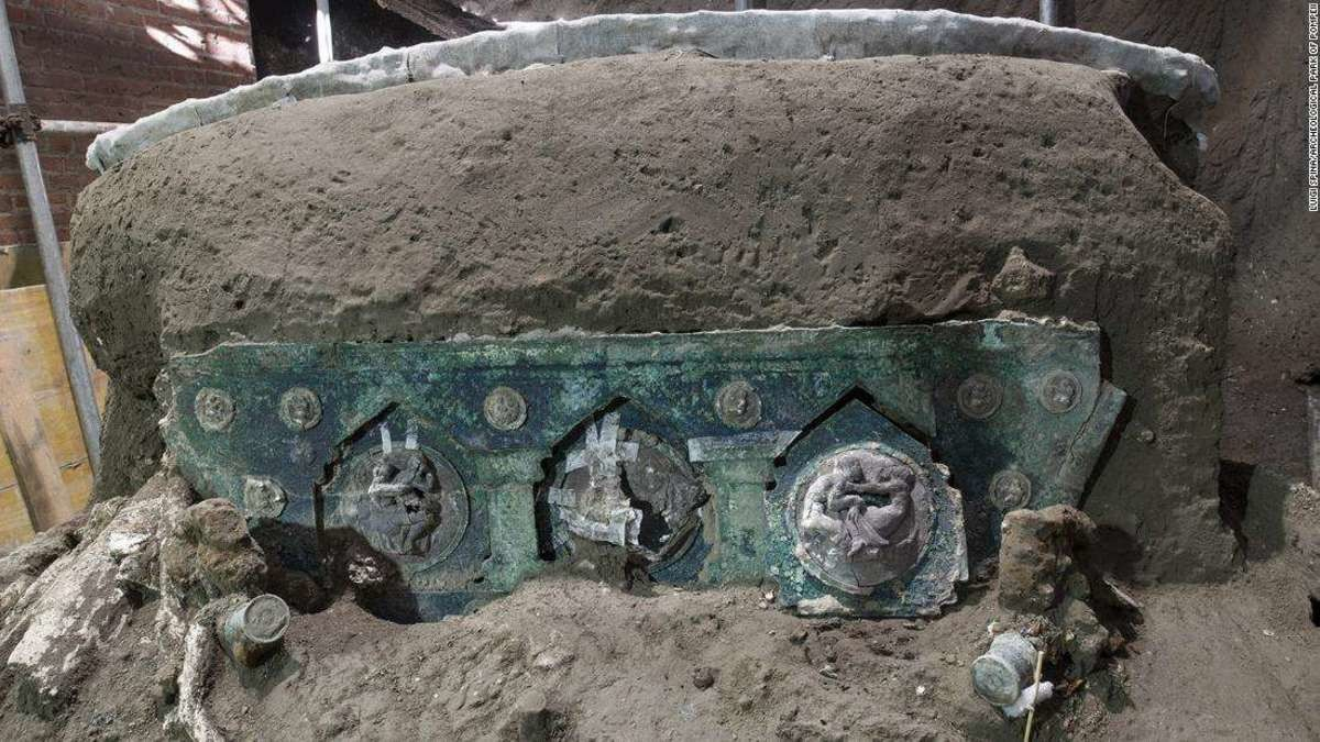 4-Wheeled Ceremonial Chariot Unearthed In Pompeii. .. It looks like someone put windshield washer fluid into the oil intake and ran it till it died.