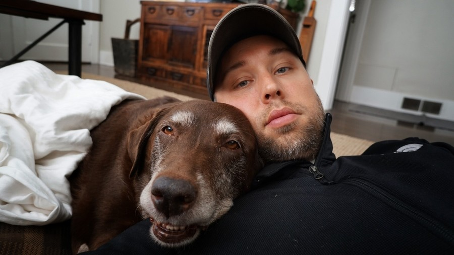 """best friend. .. dis better be you showing off your pupper, and not a sad """"he ded"""" post."""