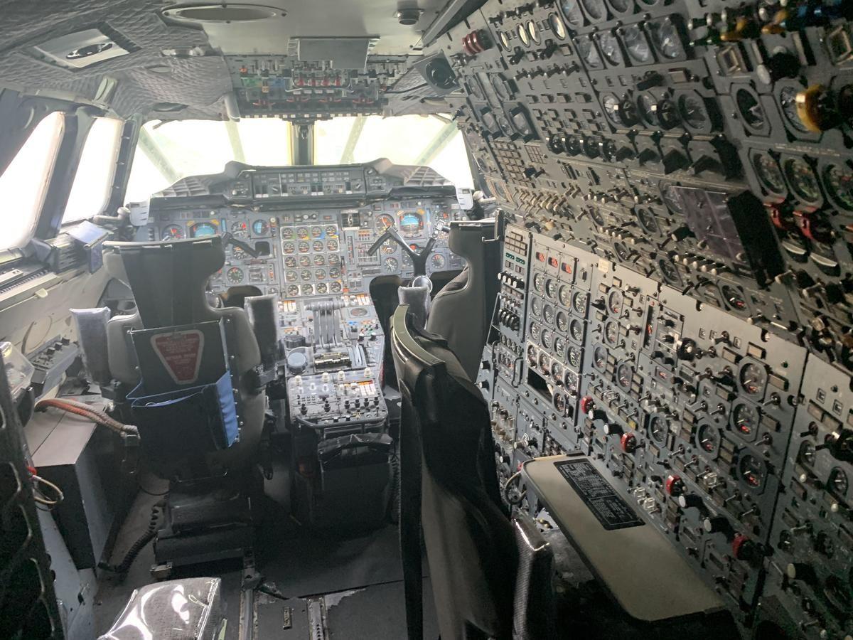 Concorde's Cockpit. .. Pilot's pit
