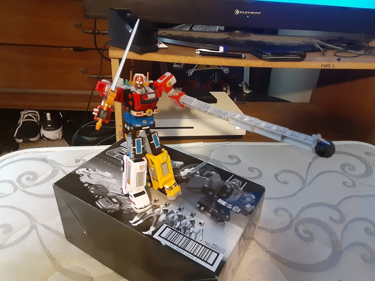 First model in months. Took almost 4 hours to build and the stickers were a pain but I got it finished and love it.. THE SIGNAL IS CALLING