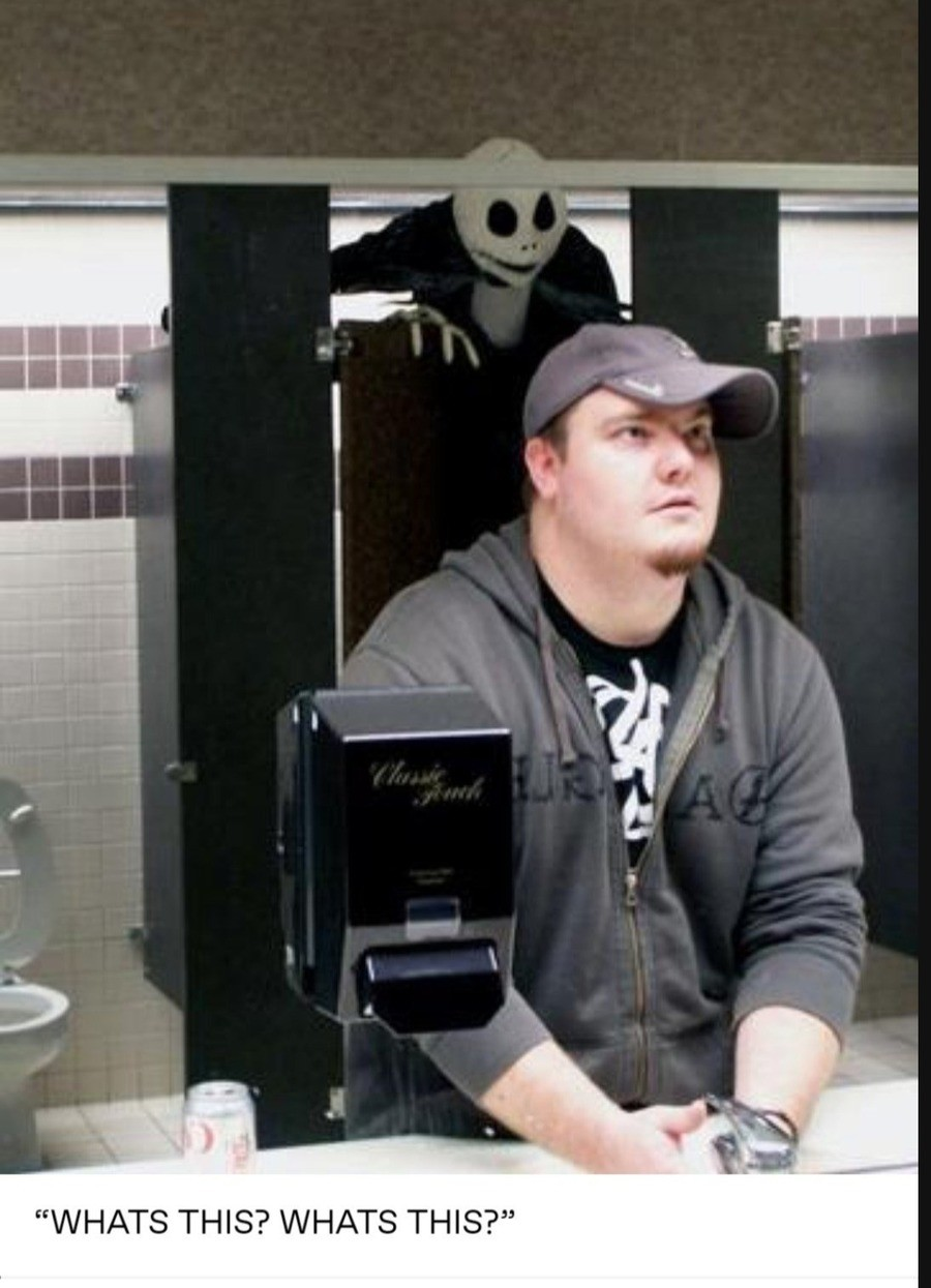 Greetings.... .. Never use the hot topic bathroom