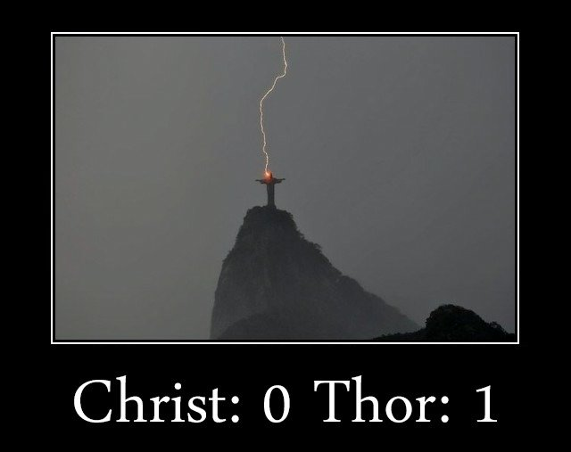 """Jesus. Sorry if this is a repost. I thought it was really funny and wanted to share it with you fine people.. Christ: Thor: 1. Jesus: """"damn birds made another nest on my statue!"""" Thor: """"Hold on a second, I got this."""""""