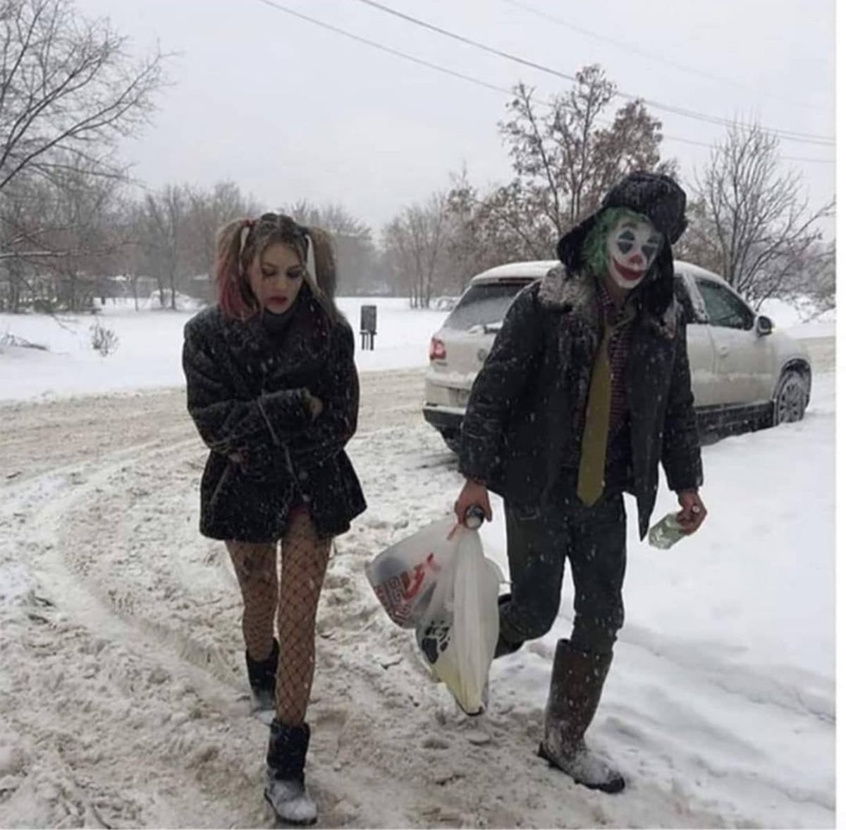 Joker and Harley Quinn after a week in Russia. .. I'd actually be down for a Phoenix-Joker version of Harley. The Joker sequel could actually be a psychological thriller about Quinzel's fall into madness, Phoen