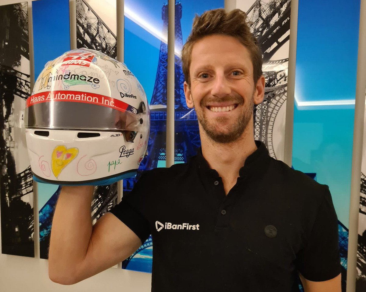 Romain Grosjean's Unraced Helmet Designed by His Kids. join list: Motorsports (190 subs)Mention History.. >french