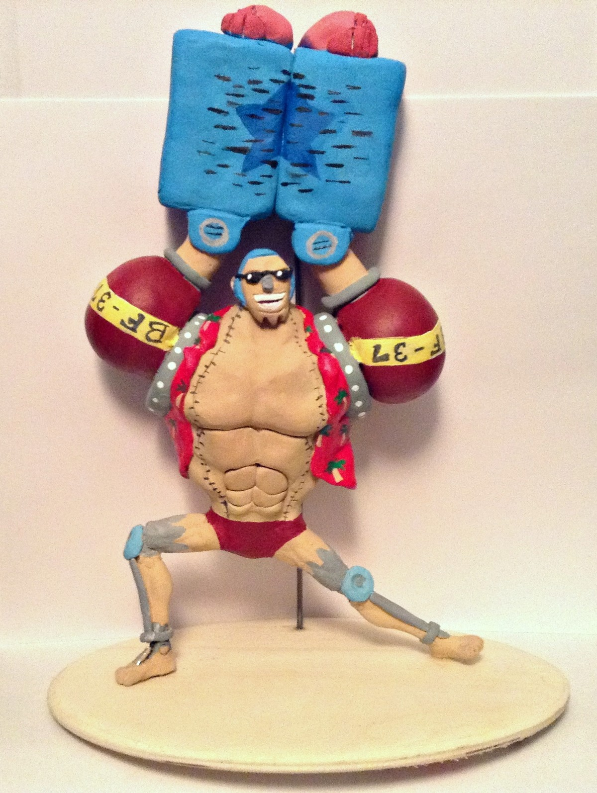 SUPER Franky Statue. Hey everyone! Today I want to show off my new custom statue of franky from one piece. It uses legs from an old figure but everything else i