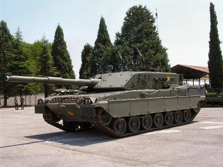 Tank Comp 1. Tank: C1 Ariete Country of origin: Italy Main Armament: 120mm L44 smooth bore gun Top Speed: 65km/h Cost: $7 million The C1 Ariete is the main batt