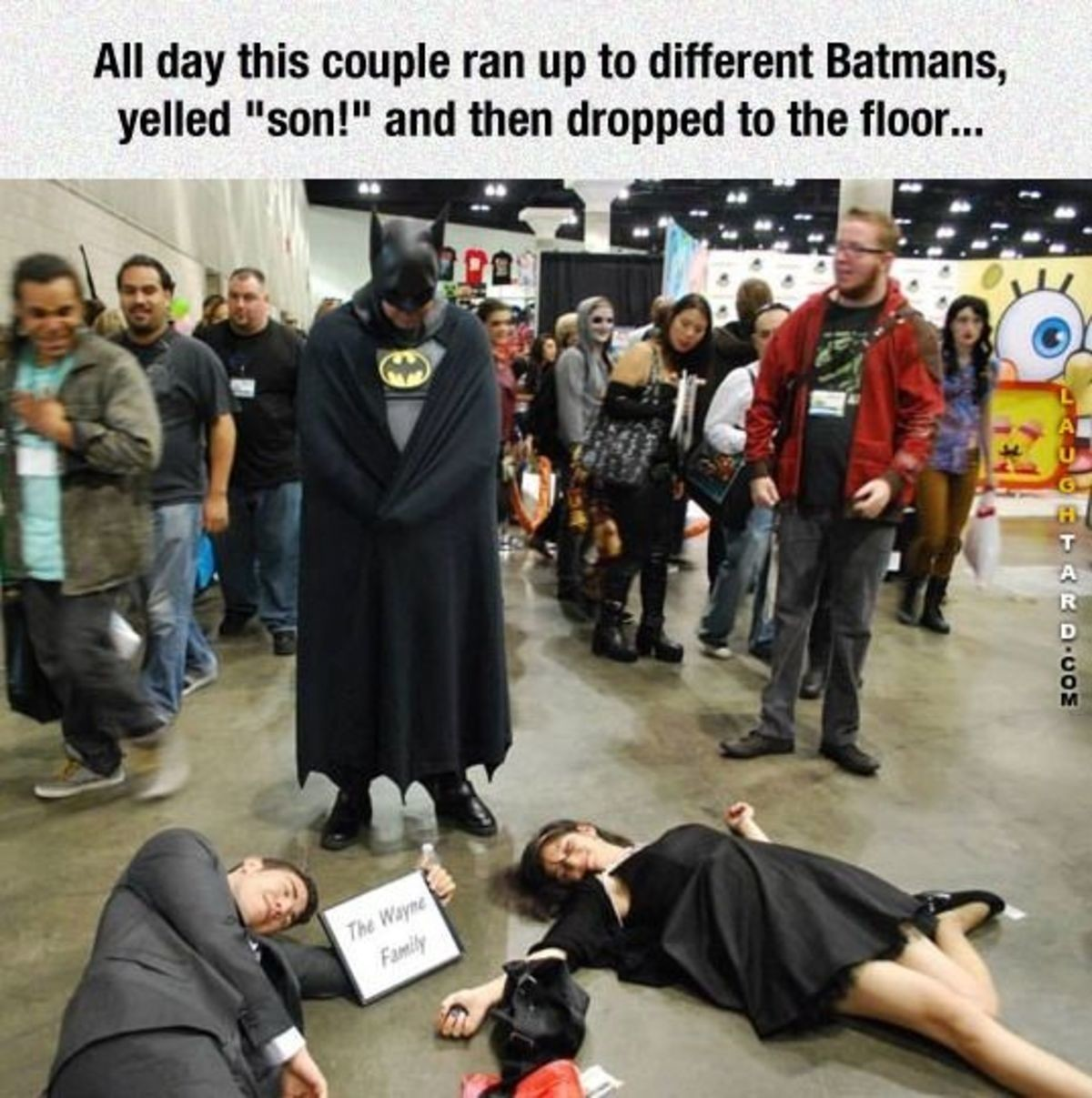 The best comic con players. .. Bless these people Someone buy them a drink.