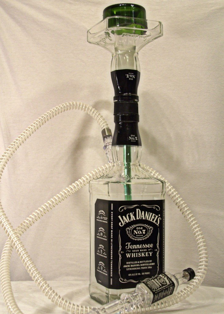The Best Hookah Ever. I swear to god I'm gonna make one..