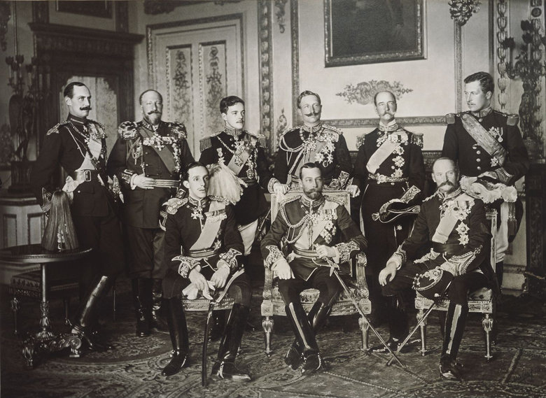 The King Squad. Standing, from left to right: King Haakon VII of Norway, Tsar Ferdinand of the Bulgarians, King Manuel II of Portugal and the Algarve, Kaiser Wi