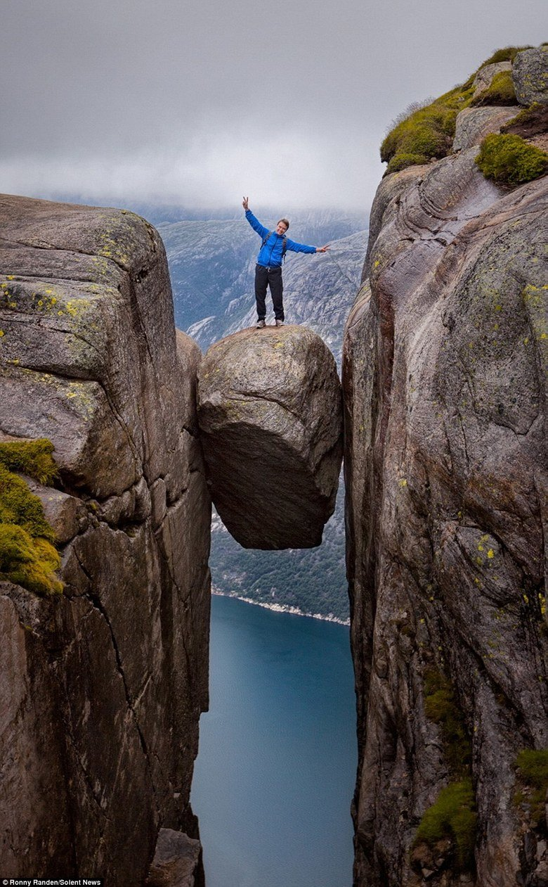 The Kjeragbolten boulder, Norway. . Rpetty News