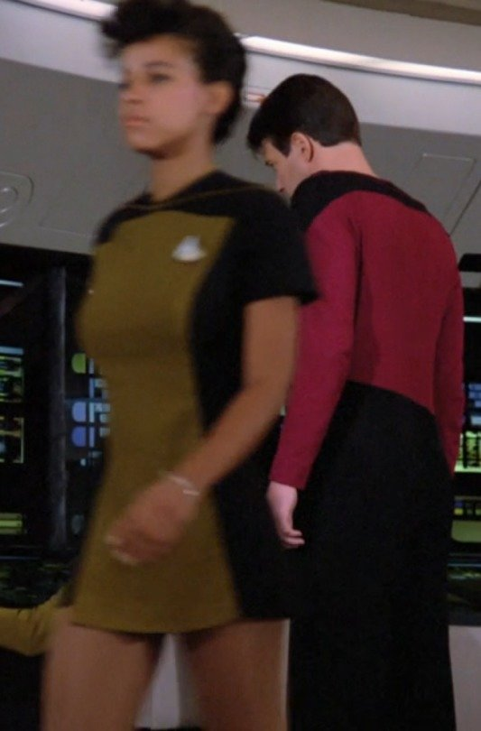 TNG skirt. Random background ladies wore it. It was short. Super short. Even Counselor Troi rocked it at the beginning of the series. So did some dudes. The com