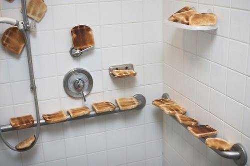 Today on Funnyjunk. A nice shower of retoasts... I guess you could say that the shower is a little toasty.......sorry