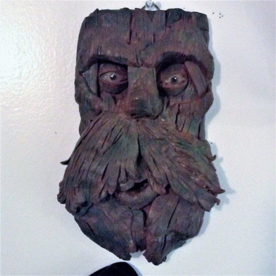 Treant mask. Hey everyone back again with an interesting mask. This one is a tribal style treant mask. I love the outcome of this one and hopr you do too. Hope