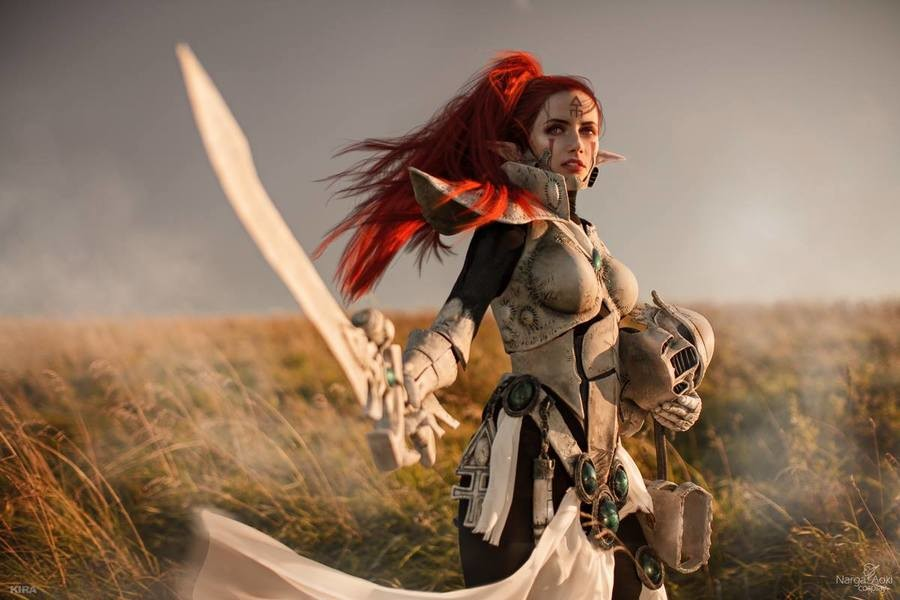 Amazingly Detailed Warhammer 40K Ordo Hereticus Inquisitor Cosplay - Neatorama