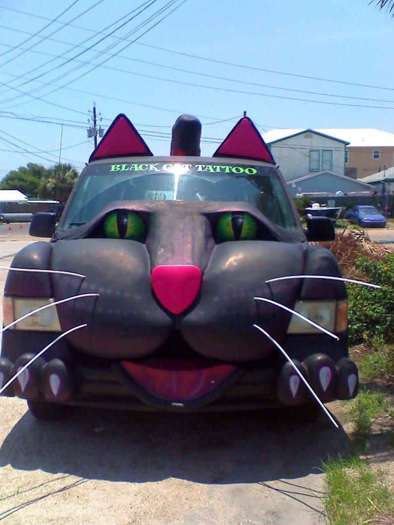 World's Most Badass Van. Damn, Cat Woman has a better ride than Batman.