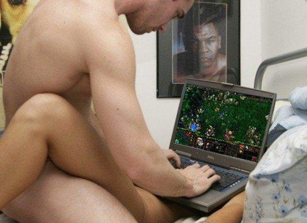 WTF?. I just saw this photo on a friend's profile on facebook. i have no idea if this has been posted on here, but I just think this is hilarious... ^_^.. REALLY!? play dota over a chick, niceeee!