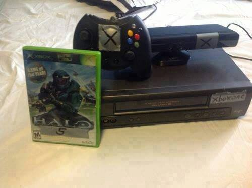 xbox one bundled. this is basically it i mean.. That's impossible, Halo isn't a sports game.